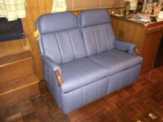 Lambright Lazy Relaxor Loveseat