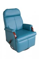 First Mate Compact Recliner